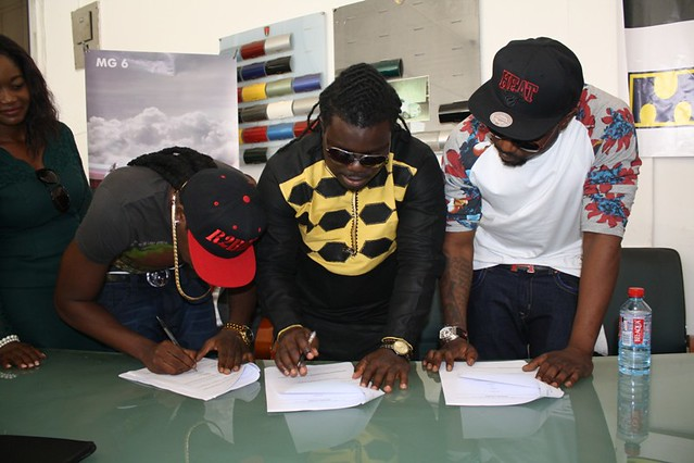 R2bees presented with Ghana Music Awards 'Artiste of the Year' car (12)