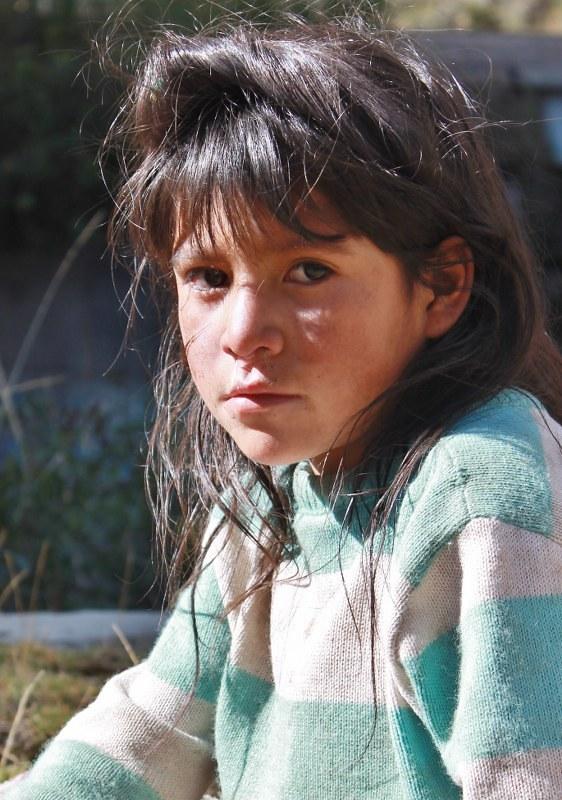 Young shepherdess near Huallanca
