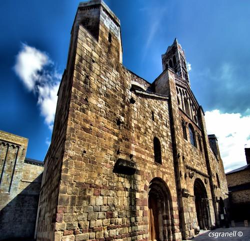 españa cat monumento catedral cielo nubes catalunya cataluña romanico pirineos nuvols pirineu 2013 csgranell laseud´urgel