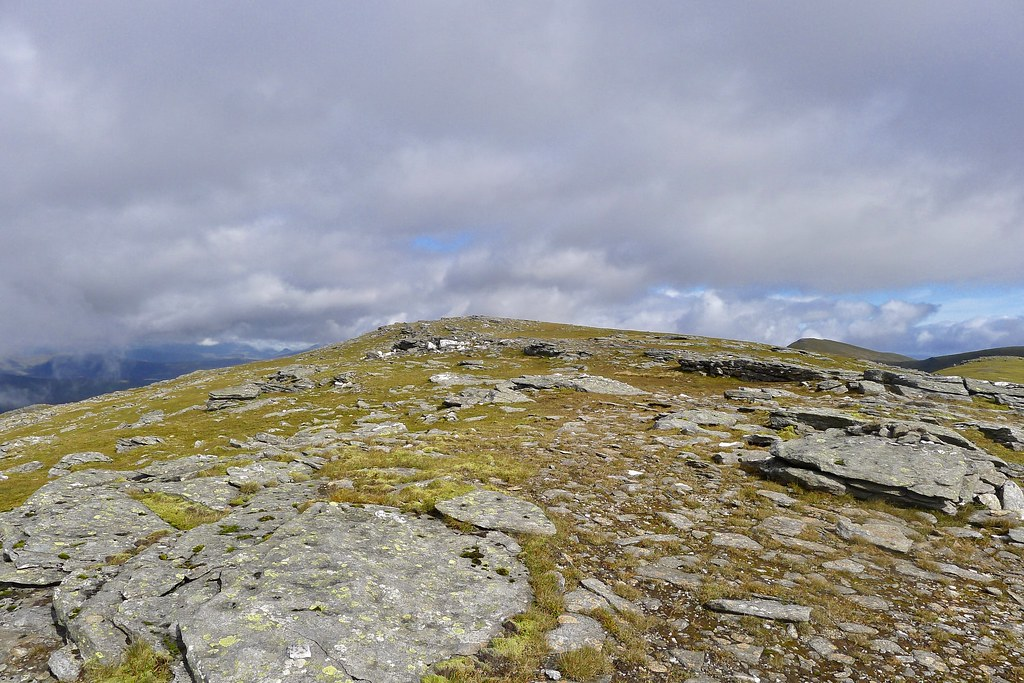 Western top of Beinn an Dothaidh