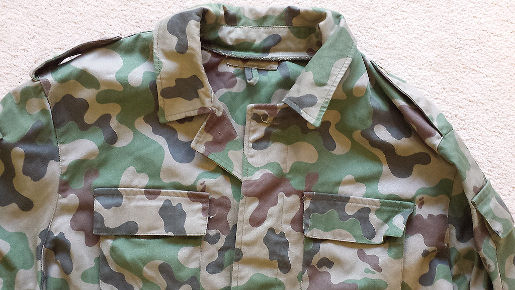 Lithuanian 3 Color Amoeba Shirt 10498261775_da0e8c403c_b