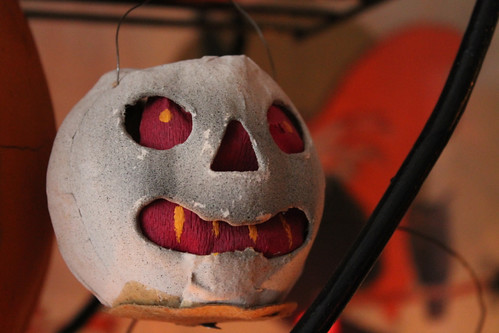 Great Red Eyed Skull Lantern