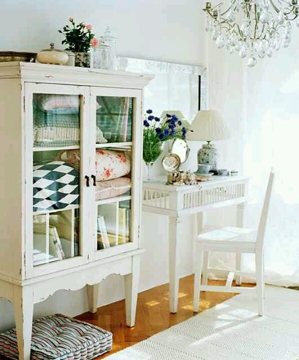 white-furniture7