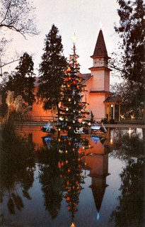 Church of Reflections and revolving Christmas tree, Knott's Berry Farm