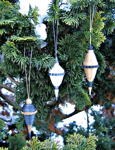 Rolled Paper Ornament Tutorial