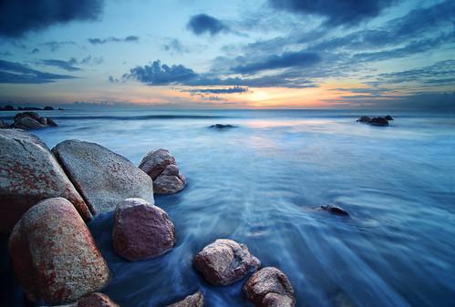 longexposure sunset seascape beach rock bay malaysia kuantan pahang southchinasea pantai teluk telukcempedak telukchempedak pahangdarulmakmur pantaitelukcempedak nabilishes nabilza cempedakbay