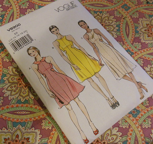 Vogue 8900 by becky b.'s sew & tell