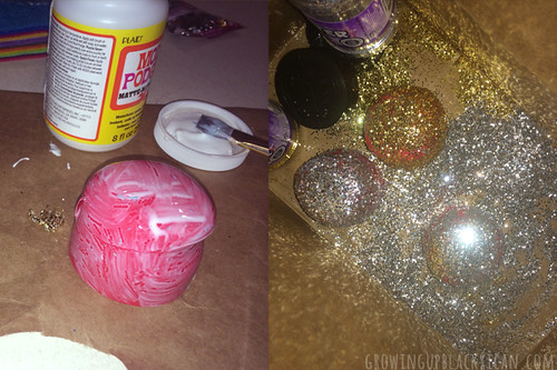 DIY Plastic Bottle Reyes Magos- glitter bottle tops