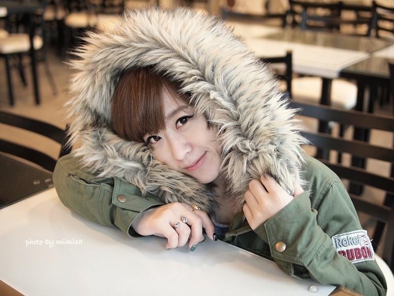 RUBON 軍綠色毛領大衣 (8)