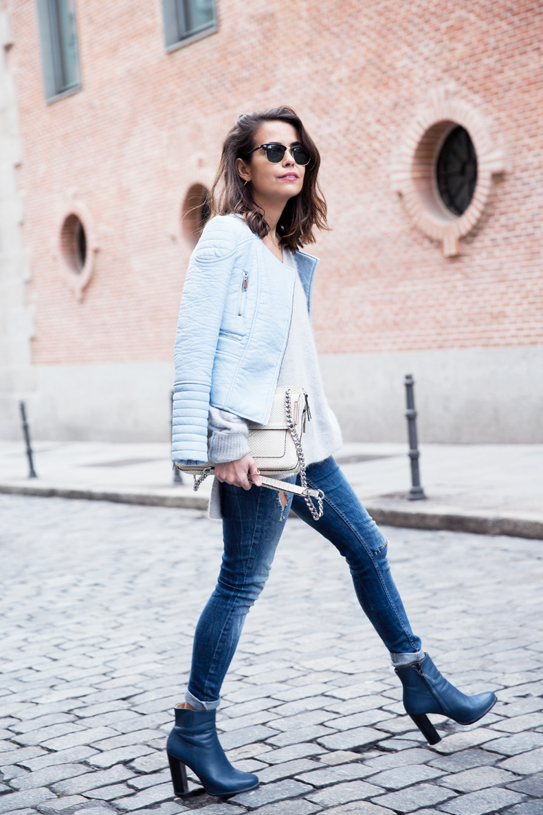 Pastel_Biker_Jacket-Ripped_Jeans-Collagebintage-Outfit-19