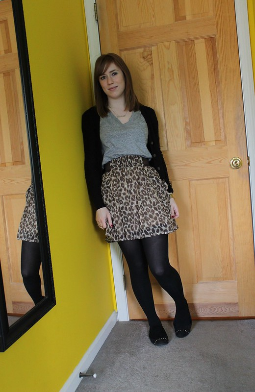 redhead fashion, BDG, Urban Outfitters, Madwell, H&M, leopard print, leopard print skirt, how to wear leopard print, Merona, Merona flats, Target, Michael Kors, Michael Kors watch, House of Harlow 1960 Key Cocktail Ring