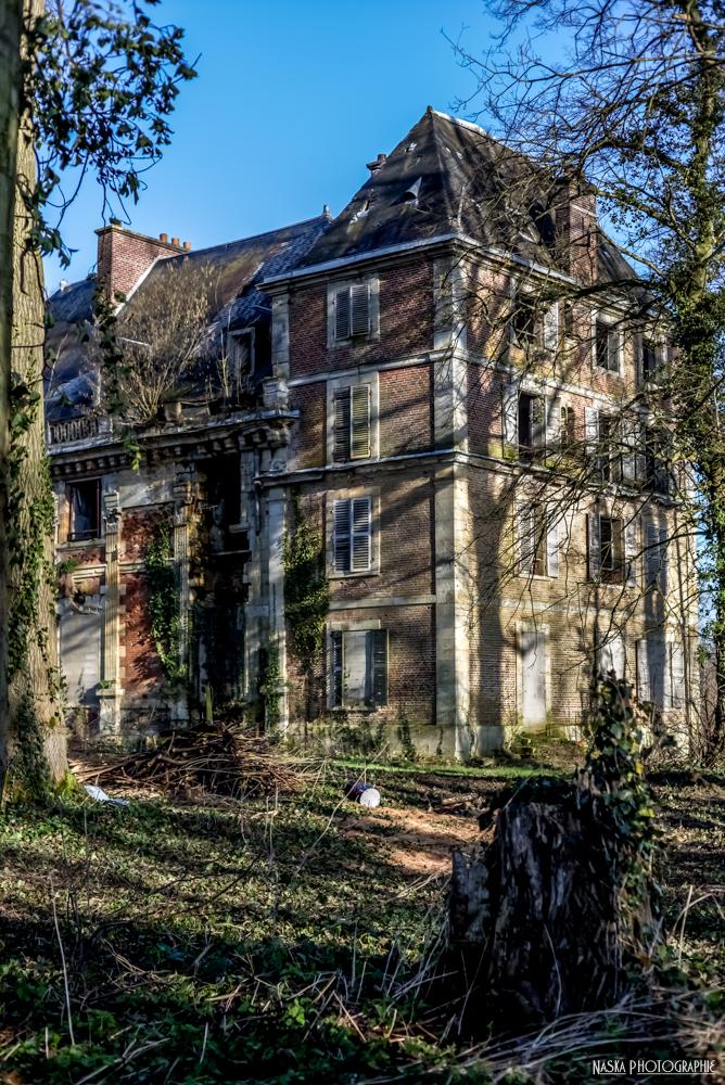 Chateau abandonné (urbex) 12882065825_cd1ec38672_o