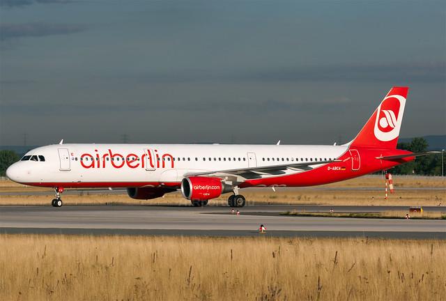 Air Berlin útvonalakat venne át a Lufthansa