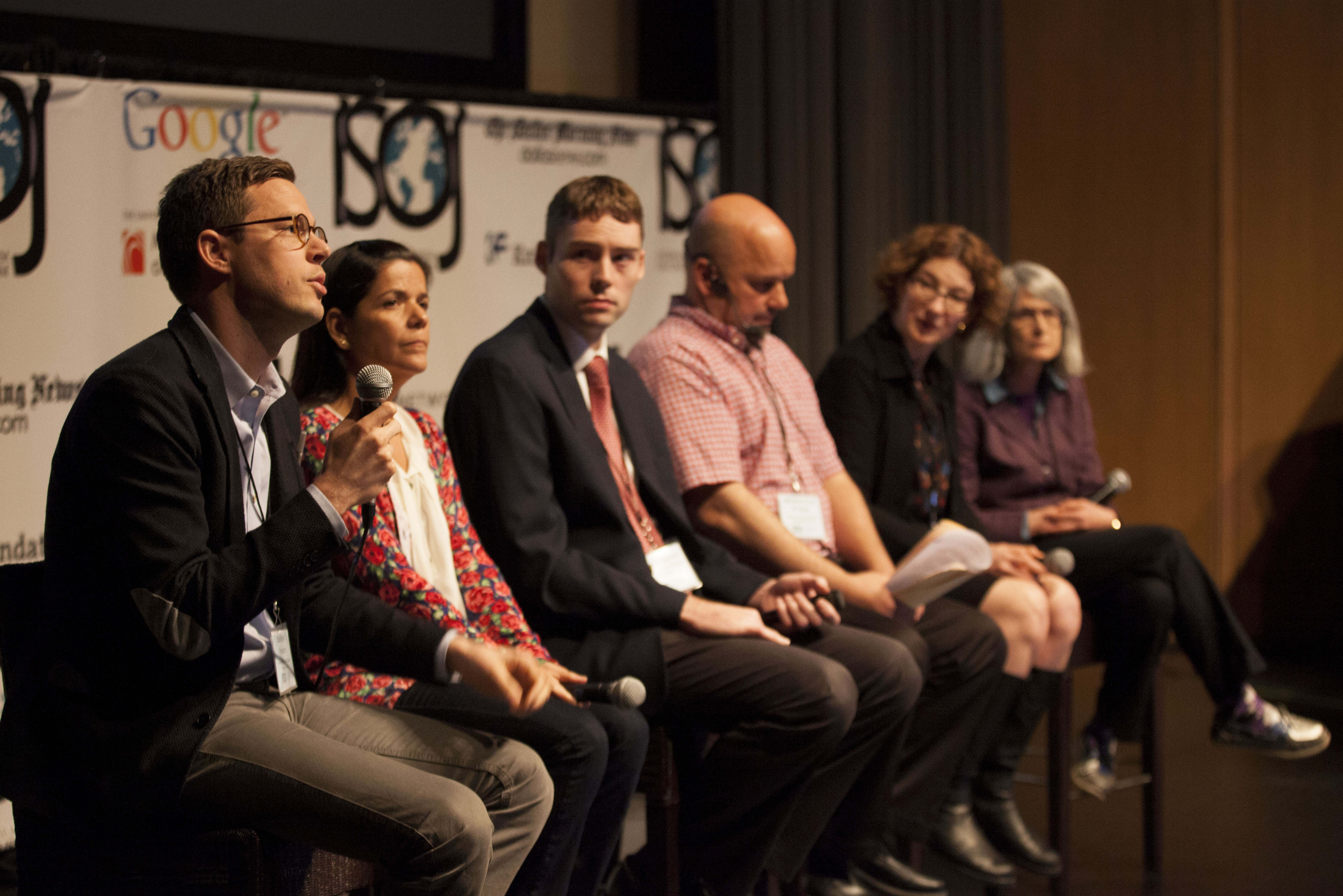 Powers, Barsotti, Molyneux, Kian, Lynch, and Singer. 2014 ISOJ. Emerging Journalistic Practices in the Digital Age.