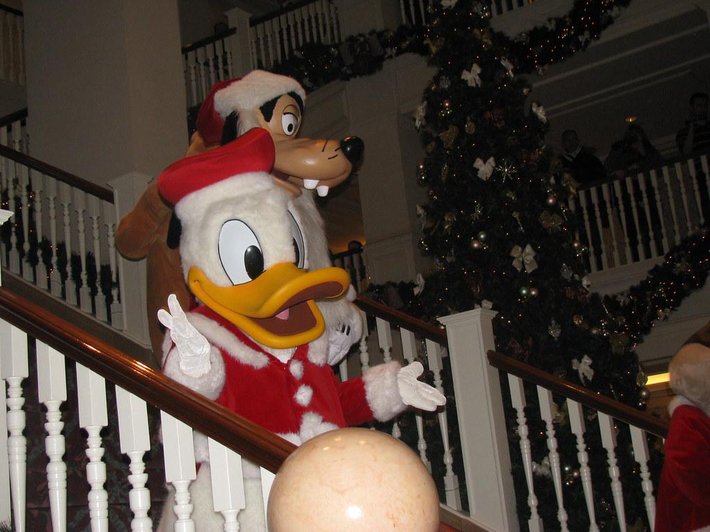 Un séjour pour la Noël à Disneyland et au Royaume d'Arendelle.... - Page 8 13902851142_2c2d1a07b4_b