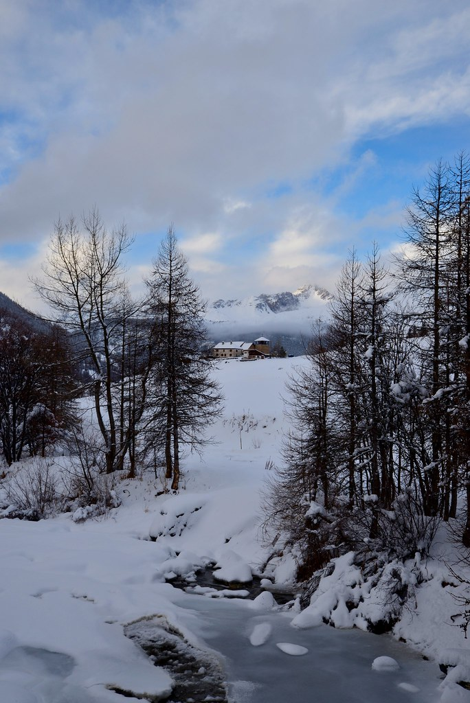 La chalp sainte agathe hautes alpes france around guides for Hautes alpes