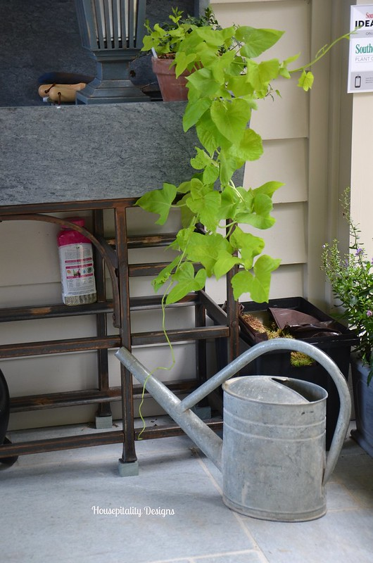 2015 Southern Living Idea House Potting Bench