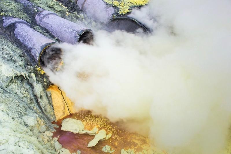 Kawah Ijen Fumaroles