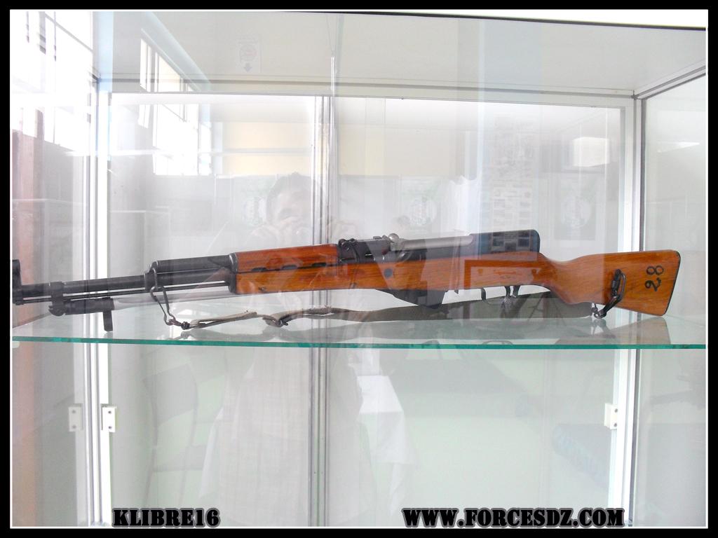 الصناعة العسكرية الجزائرية  [ AKM / Kalashnikov ]  33749054246_306f0dcfdf_o