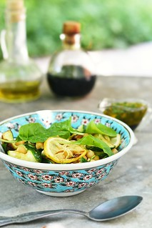 chickpeas and zuccini salad.2