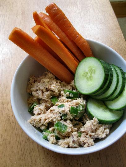 Salmon Salad with Veggies