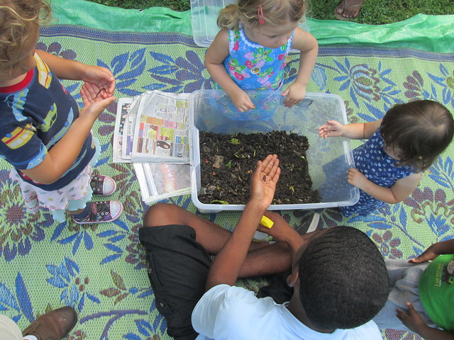 Kids can meet our composting worms during Discovery programs in the Fragrance Garden. Photo by Ashley Gamell.