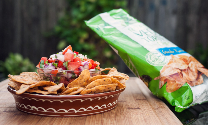 Pico de Gallo Salsa with Green Giant Veggie Snack Chips