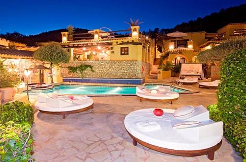 Ibiza Rocks Pikes Hotel