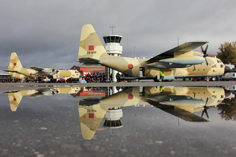 طائرات النقل العاملة بالقوات المسلحة المغربية 10553985373_f66bf18b3d_o