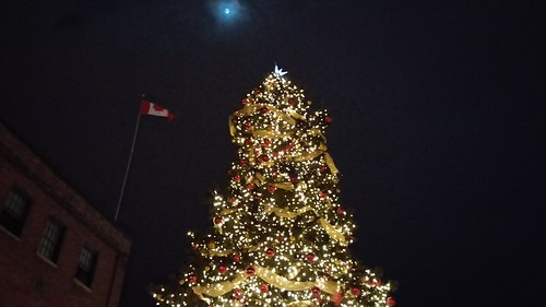 Xmas cheer in the Distillery District