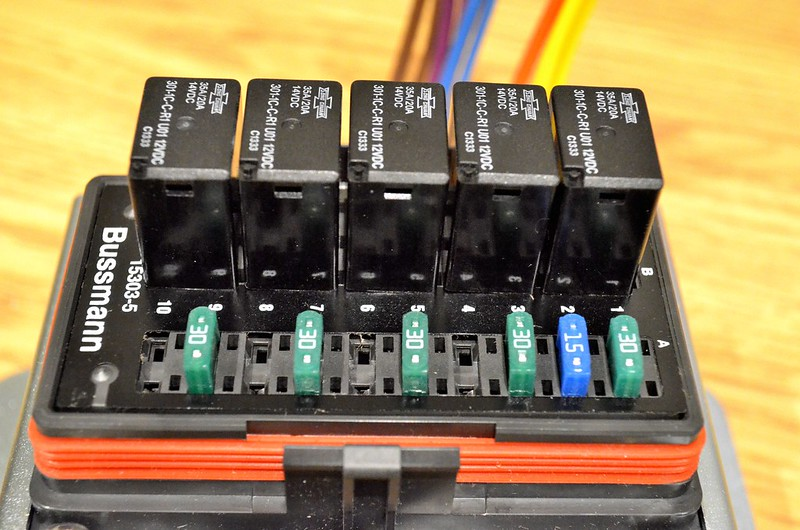 11972081383_578e8cb01a_c fused 12v relay box 12v transformer box \u2022 wiring diagrams universal waterproof fuse relay box at soozxer.org