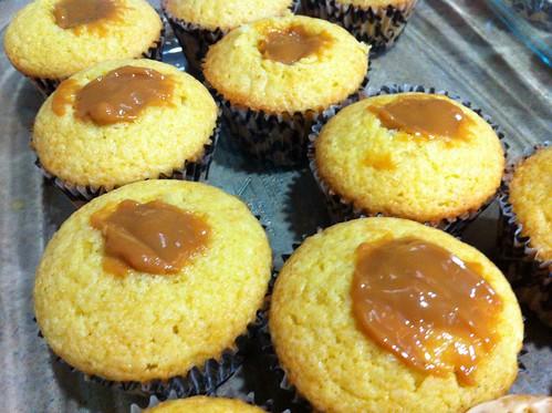 Dulce de leche stuffed cupcakes