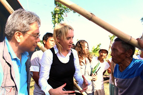 New Zealand Minister met local rice and coconut farmers in Leyte - Philippines