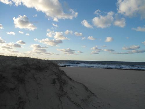 Vista a crucero, Playa Chihuahua/View of cruise, Chihuahua Beach, Portezuelo, Maldonado, Uruguay - www.meEncantaViajar.com by javierdoren