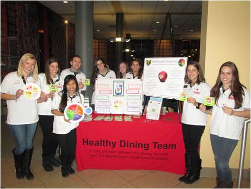 The RU Healthy Dining Team hosted a MyPlate nutrition education booth earlier this year. (Jenna Deinzer, Alexa Essenfeld, Nathalie Corres, Jesse Tannehill, Lindsay Yoakam, Rebecca Tonnessen, Taylor Palm, Mary Tursi, and Miranda Schlitt.)