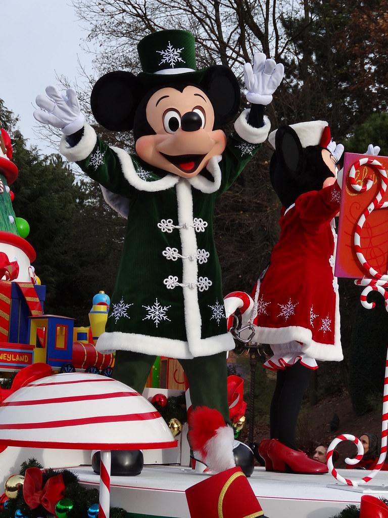 Un séjour pour la Noël à Disneyland et au Royaume d'Arendelle.... - Page 3 13669289545_b22860764f_b