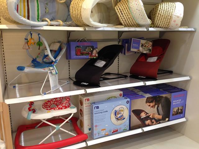 各式各樣的搖籃與躺椅,包括鹿鹿好愛的 BabyBjorn 彈彈椅!@mothercare敦南旗鑑店大採購