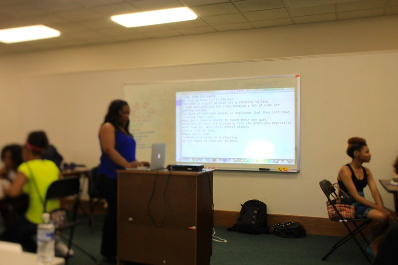Akya Gossit Leads a Poetry Session at Youth-Led Tech, Englewood