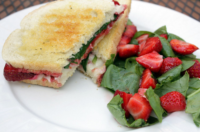 strawberry-brie grilled cheese with strawberry spinach salad