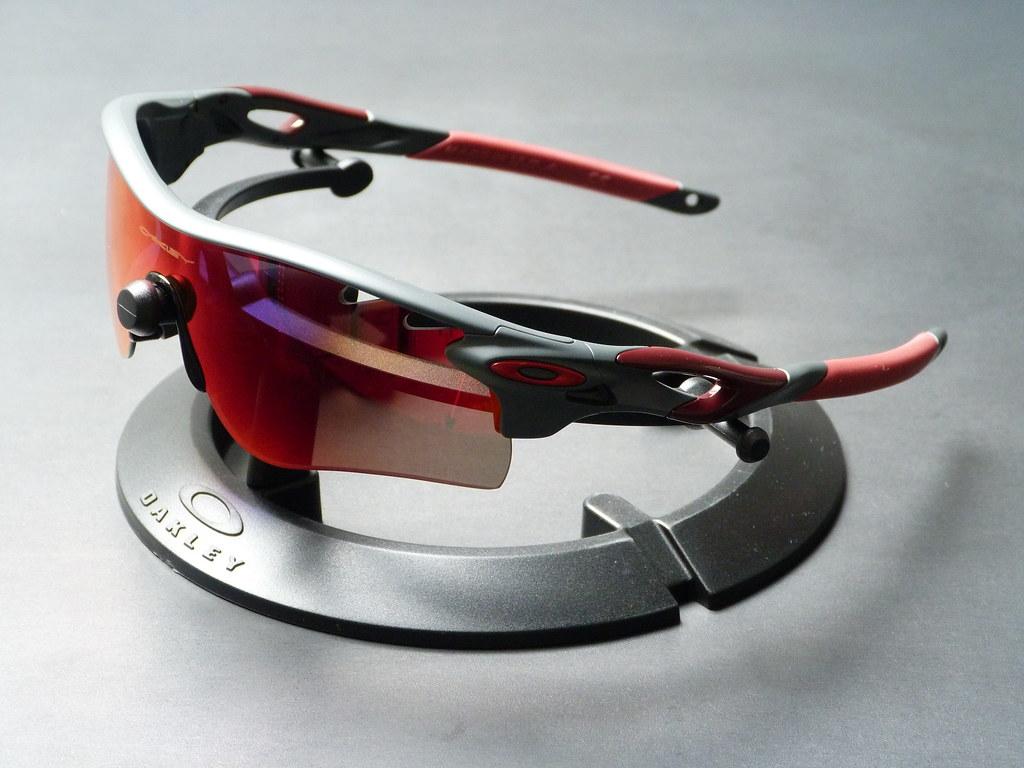 9244daa90368c ... Oakley Radarlock™ Path™ Custom Matte Heather Grey w OO Red Iridium  Polarized Vented ...