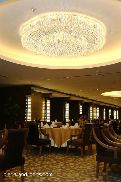 Wan li restaurant interior