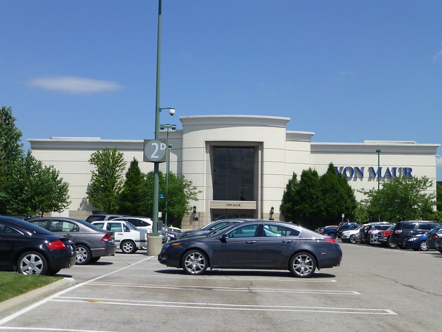 Von Maur In Columbus Ohio This Was A Lord Taylor Store Flickr Photo Sharing
