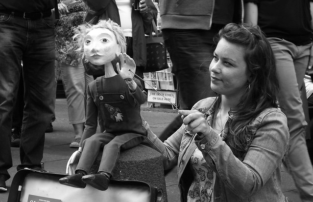 performers on the Mile 016