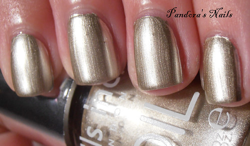 nails inc chelsea bridge road foil (2)