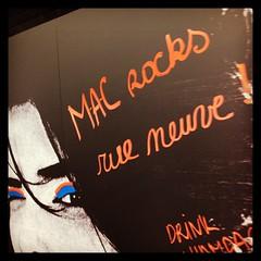 Vanaf vandaag in de Brusselse Nieuwstraat: @maccosmetics !