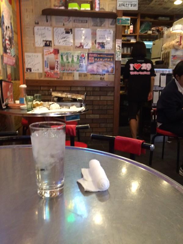 店内 by haruhiko_iyota