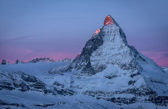poze superbe Elvetia peisaje montane frumoase imagini superbe Elvetia fotografii cu muntele Matterhorn Toblerone Sunrise