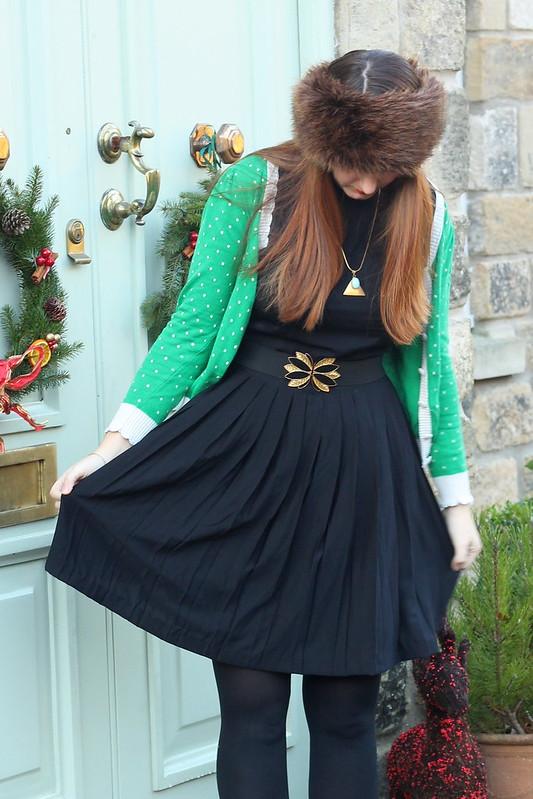 uk fashion blog, black dress, green cardigan