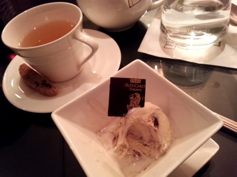 Ritz-Carlton Hotel dessert