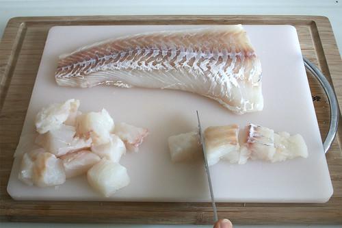 24 - Fisch würfeln / Dice fish